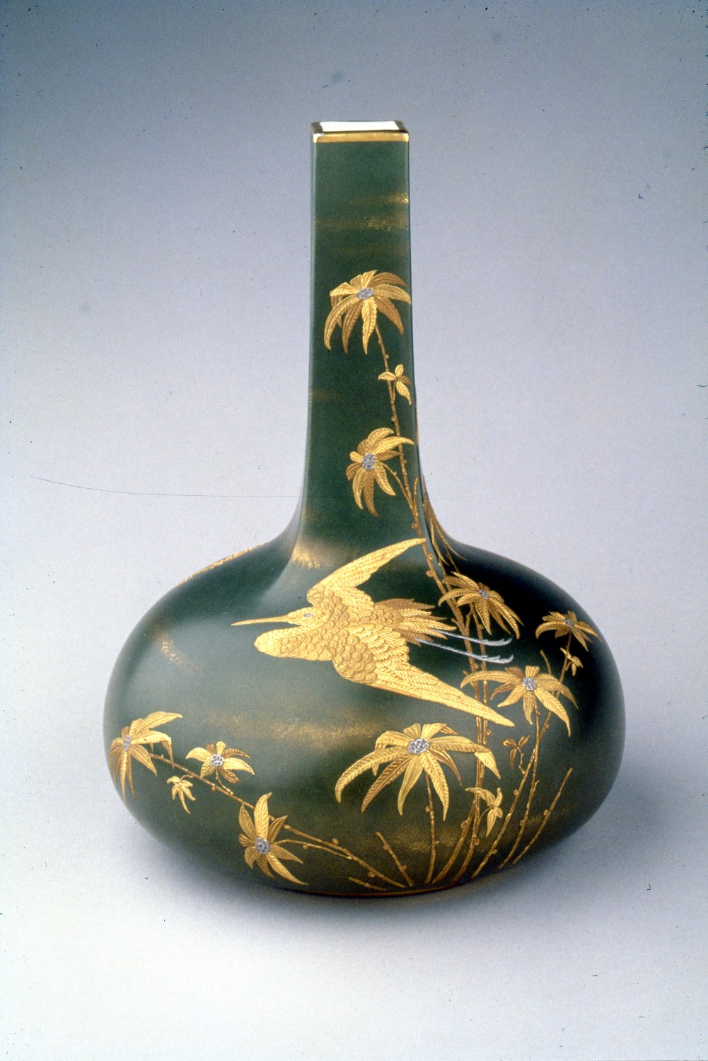 Ott & Brewer, Etruria Works, Vase, belleek porcelain, about 1885, H 10 in., Priv Collection