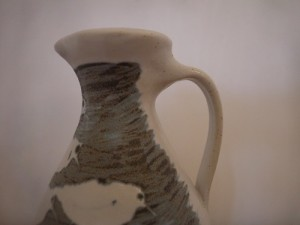 Oil jug 001 7