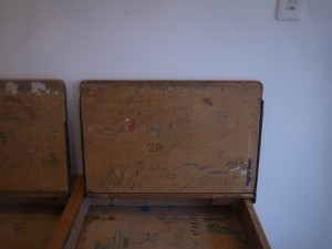 school desk01 7