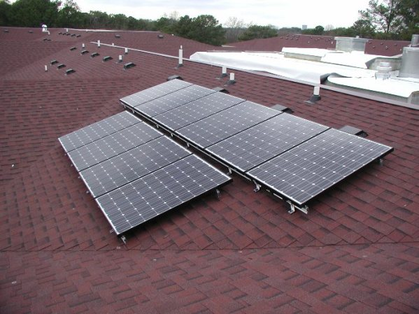 Solar PV Array on Roof of Campus Crossings Emory University