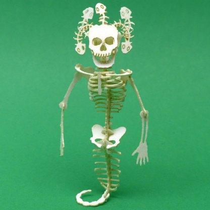 Assembled Medusa miniature skeleton model kit by Tinysaur.us