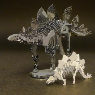 Assembled Metal Earth Stegosaurus kit with Tinysaur Stegosaurus for scale