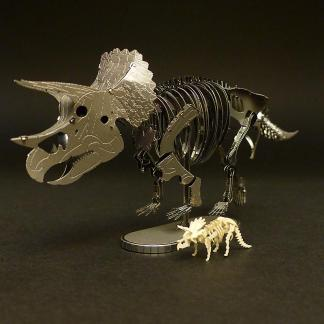 Assembled Metal Earth Triceratops kit with Tinysaur Triceratops miniature skeleton model for scale