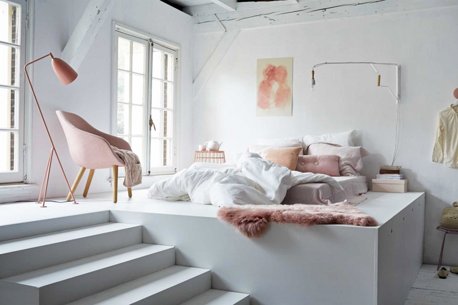 Chambre Rose Gold