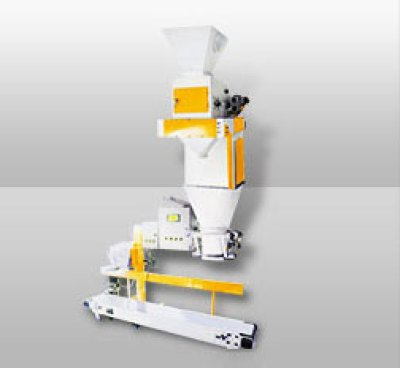 Poultry Feed Bagging Machine