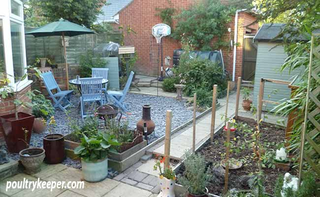 Chicken-Run-small-garden