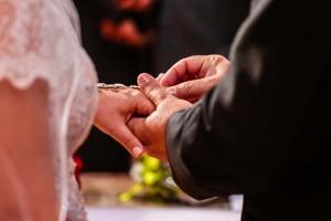Echange alliances - cérémonie laïque
