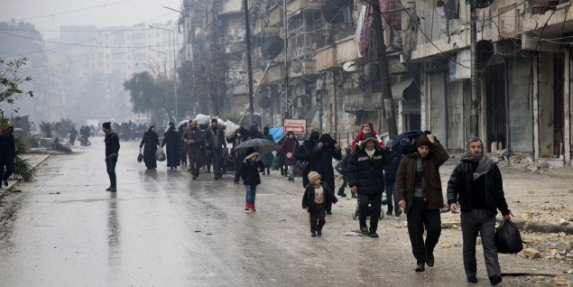 Alep : l'évacuation a finalement commencé