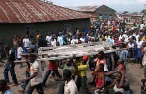 Le jour de Noël, des attaques sur fond de rivalités ethniques ont fait plus de 35 morts dans l'Est de la RDC. Les civils ne savent plus sur qui compter.