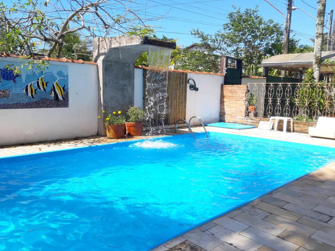 A piscina oca poranga guaruja