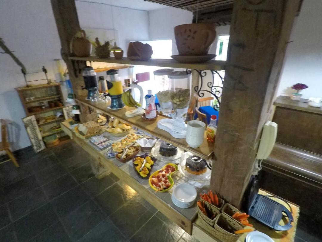 O Cafe da manha na Oca Poranga