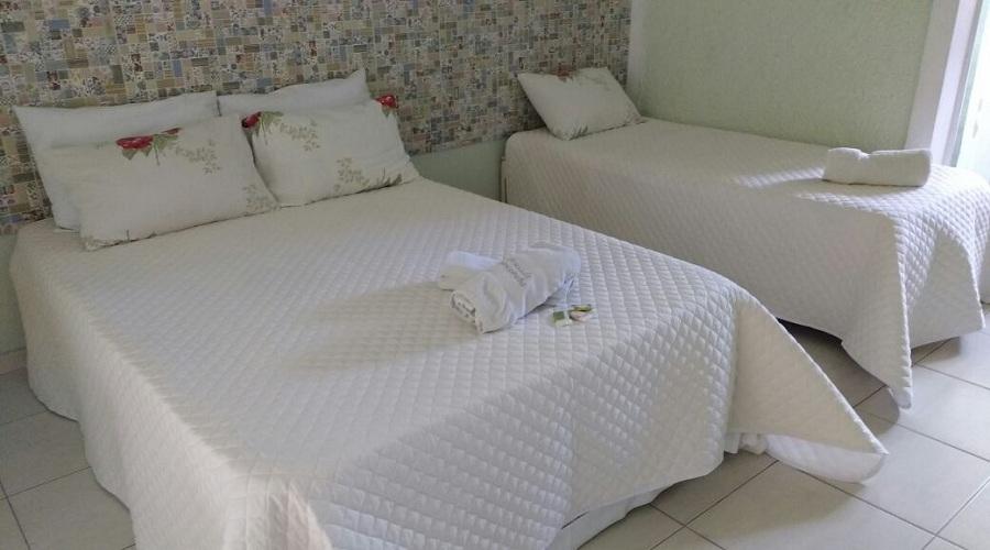 suite Tripla da Sorocotuba Pousada em Guarujá