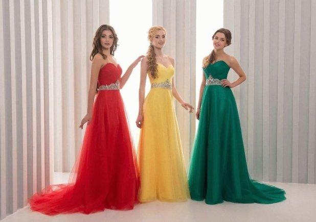 Вечерние платья для девушек на выпускной