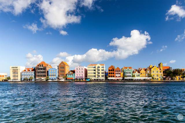 Traveling to Curacao