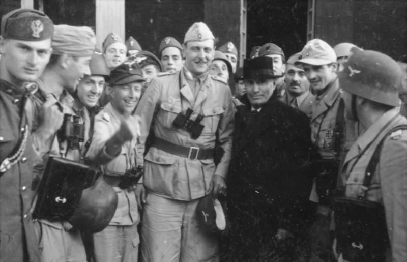 Skorzeny i Mussolini