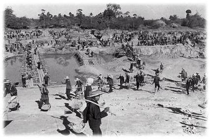 Radna polja na kojima se prekomjernim radom i brutalnim mučenjima pokušavala dosegnuti komunistička utopija