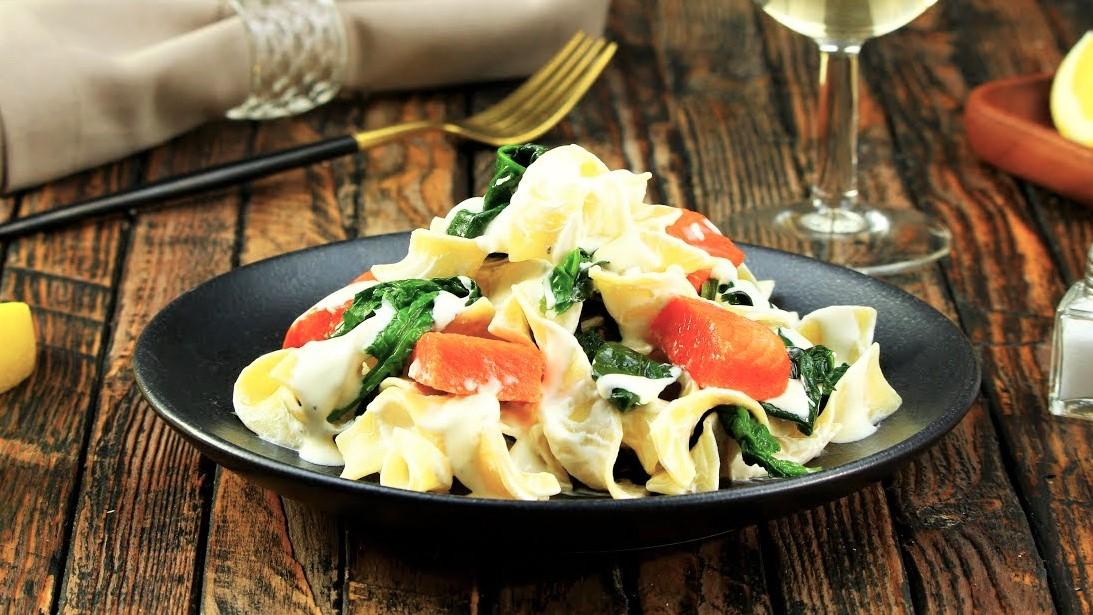 Паста с лососем и шпинатом (3656)   Povkusu.com