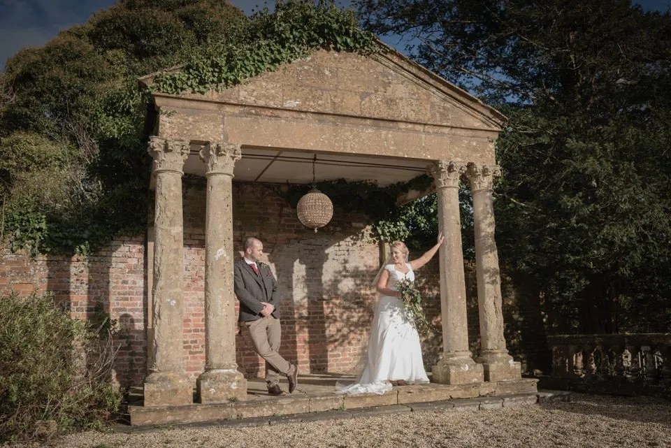 Powder and Pearls wedding photography
