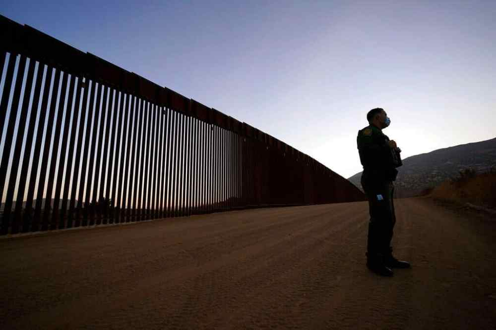 Federal Court Orders To Stop The Deportation Of Unaccompanied Minors At The Border