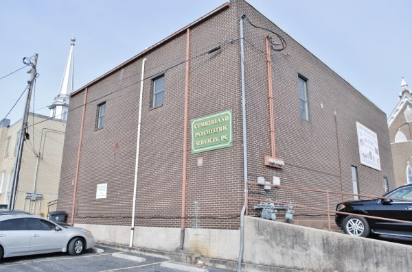 Foreclosure Real Estate Auction - Commercial Building In