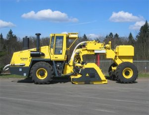 BOMAG MPH1222 Asphalt Recycler  Soil Stabilizer  Power