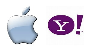 As Yahoo slips further down, Apple reports record profits