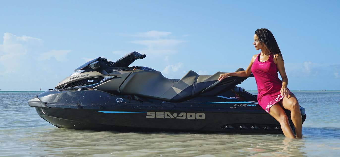hight resolution of boat tests personal watercraft