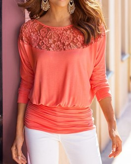 Lace-Enhanced Wide Bottom Casual Top