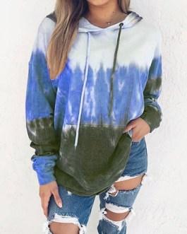 Three-Color Long Sleeves Hooded Sweatshirt
