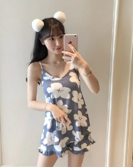 Round Neck Printed Top And Front Shorts Slings Sleepwear
