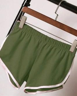 Casual Solid Elastic Waist Loose Shorts