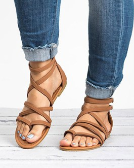 Flat Sandals – Narrow Crisscrossed Straps