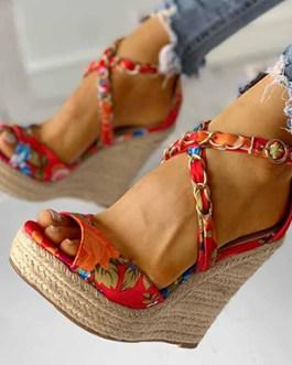 Chain Style Wedge Heels – Tropical Print