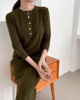 O-Neck Single-Breasted Straight Sweater Dress