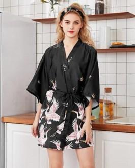 Sexy Graphic Printing Short Night-robe