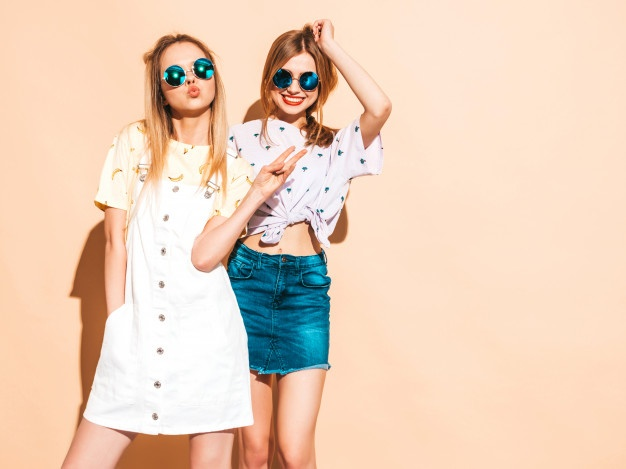 Read more about the article Best Women's Clothing
