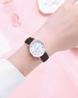 Casual Star Pattern Leather Small Dial Quartz Wrist Watch