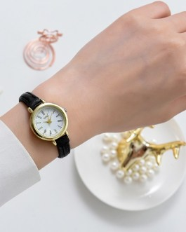 Fashion Elegant Vintage Leather Small Wristwatches