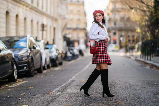 Read more about the article Skirt Outfits