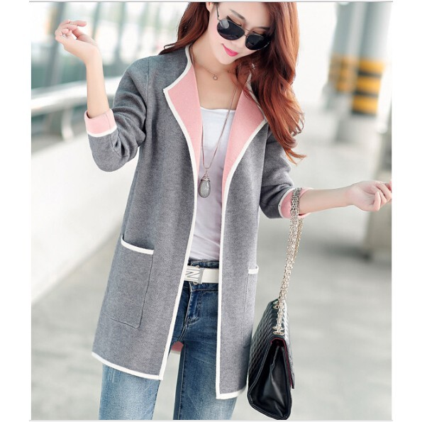 Read more about the article Women Cardigan Sweater