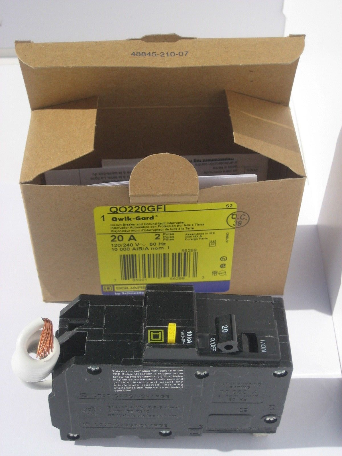 NIB SQUARE D QO220GFI 2 Pole 20 Amp QO Ground Fault Breaker GFCI QO STYLE 331507582449 3?fit=1200%2C1600&ssl=1 nib square d qo220gfi 2 pole 20 amp qo ground fault breaker gfci 20 Amp 125 Volt Outlet at cos-gaming.co