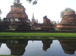 {Sukhothai} Walking around the ruins