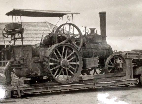 B1498 1904 McLaren traction engine (N.Harwood)