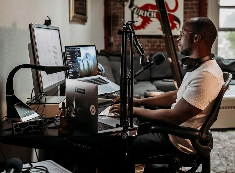How to Upgrade Your Podcast Sound Without Going Broke – Tips