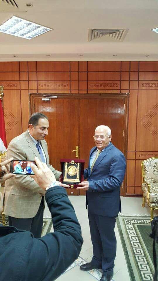 سيناء للخدمات البترولية والتعدينية تطلق اليوم  أولي حملتها لتنمية المجتمع المحلي ببورسعيد  تحت شعار «مصر وطن نظيف »