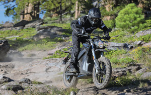 The 2016 Zero DSR provides more torque and power than the DS.