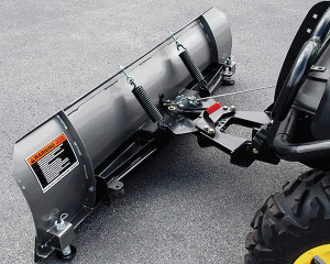 Curtis Industries has introduced a new heavy-duty winch-lift plow for UTVs.