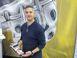 Racer Gloves Gloves USA founder Lee Block announced that Motorcycle Innovations will distribute the Austrian-made product in Canada.