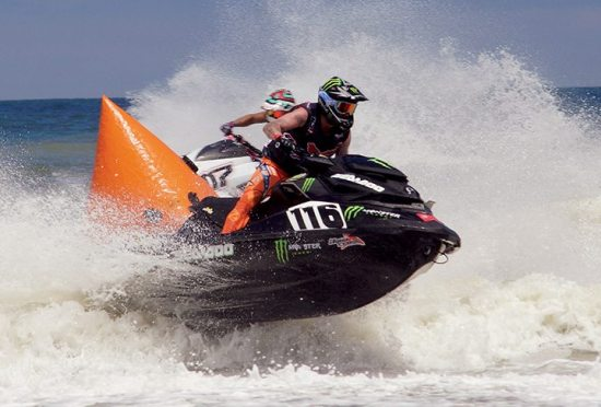 Dustin Farthing will wrap up his racing career in 2016 aboard a Sea-Doo RXP-X 300.