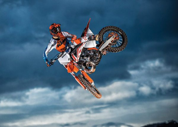 The 2017 KTM SX lineup includes an all-new 250 model with a new engine.